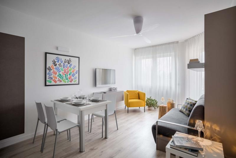 Appartamenti design a Torbole sul Garda per vacanze in riva al lago di Garda | Residence Toblini
