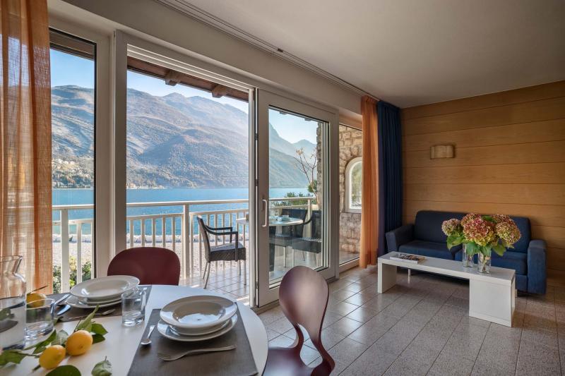 Appartamento per vacanze a Torbole vista lago di Garda categoria Deluxe | Casa al Lago Residence Toblini