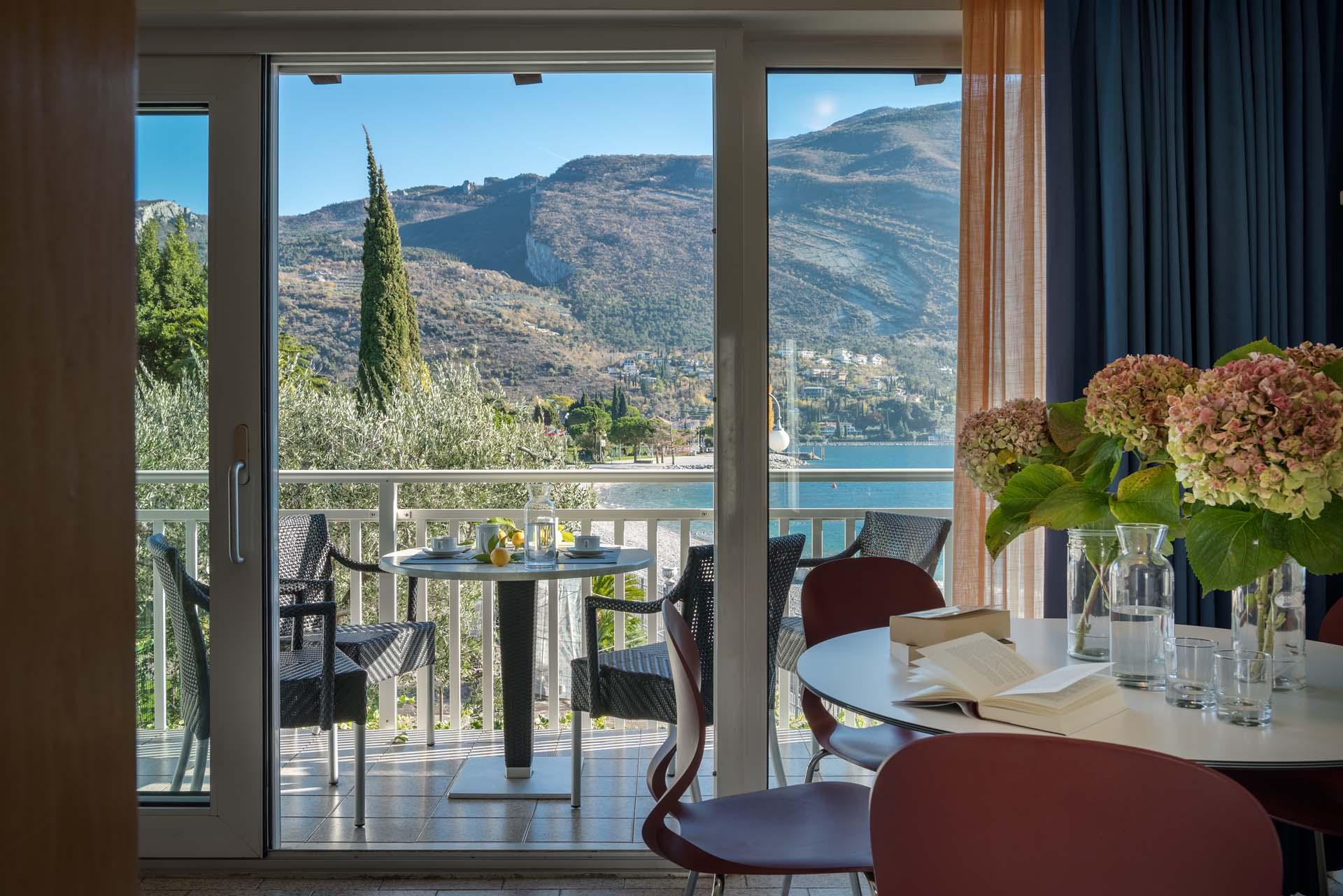 Zweizimmerwohnung erstes geschoss ferienwohnungen for Casa lago apartments