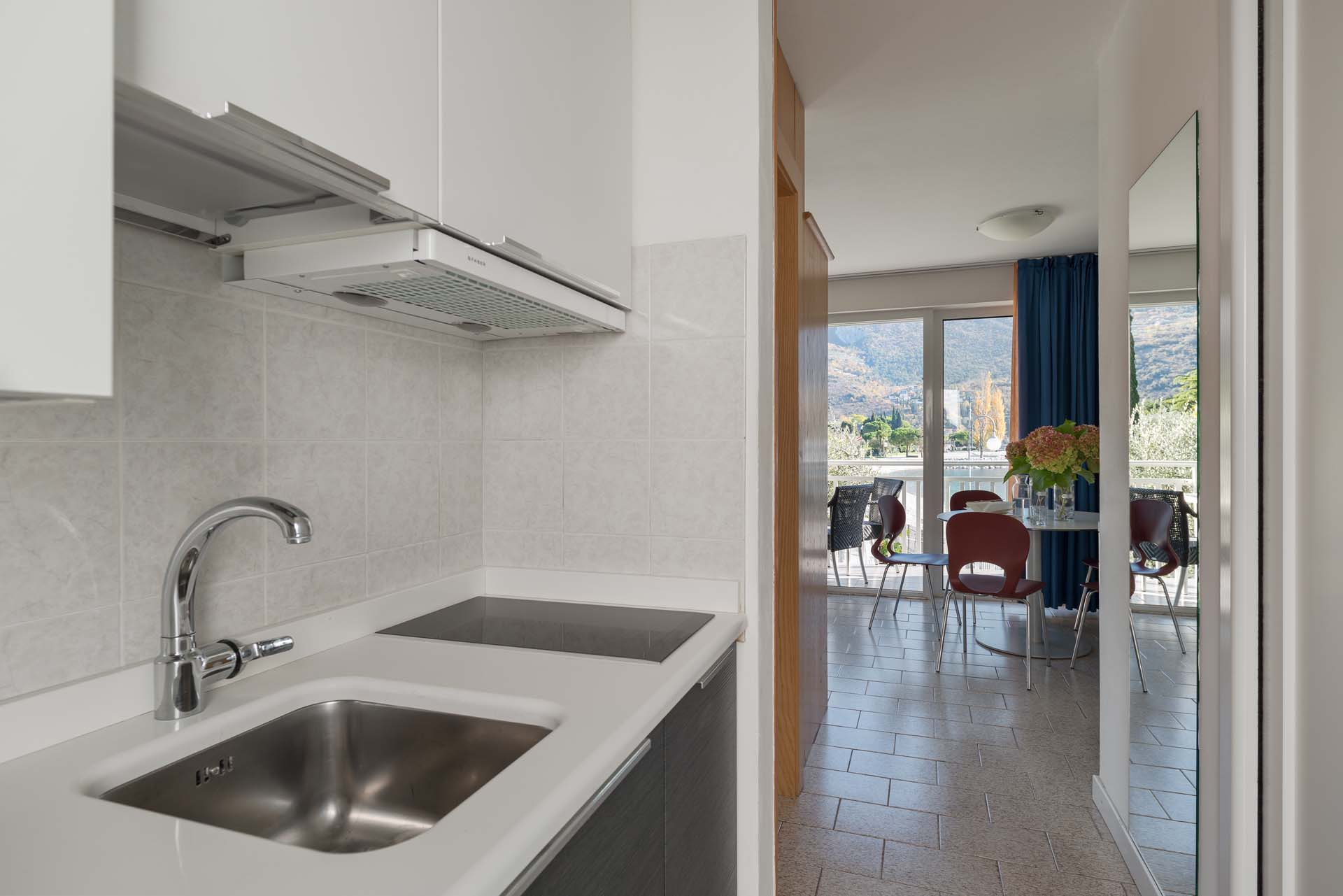 First floor two room apartment charming holiday for Casa lago apartments